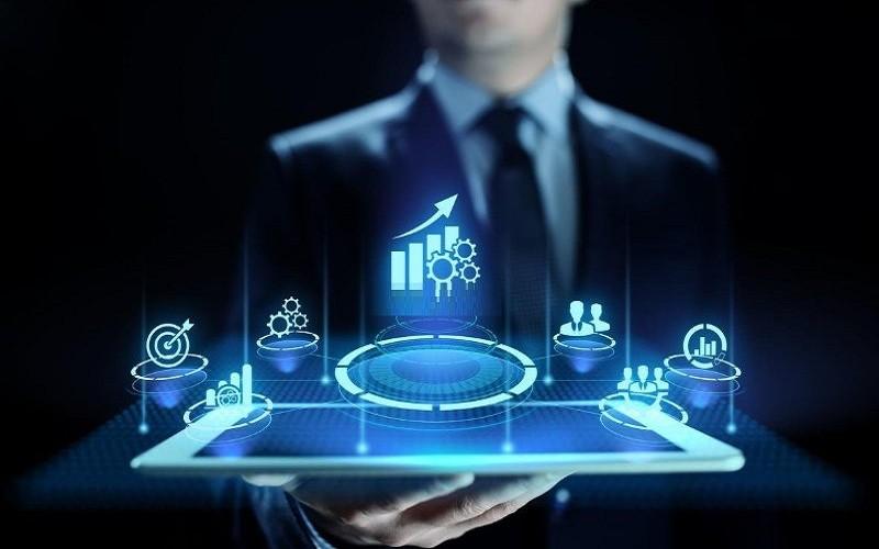 رهبری یک پلتفرم تجاری