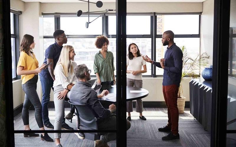 چهار دلیل برای افزایش سودآوری از طریق استخدام نیروی کار متنوع